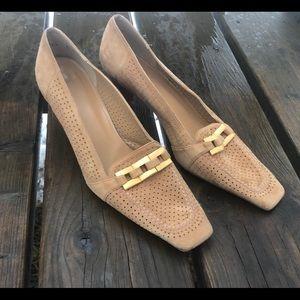 Beige Stuart Weitzman Beige Heel With Gold Detail